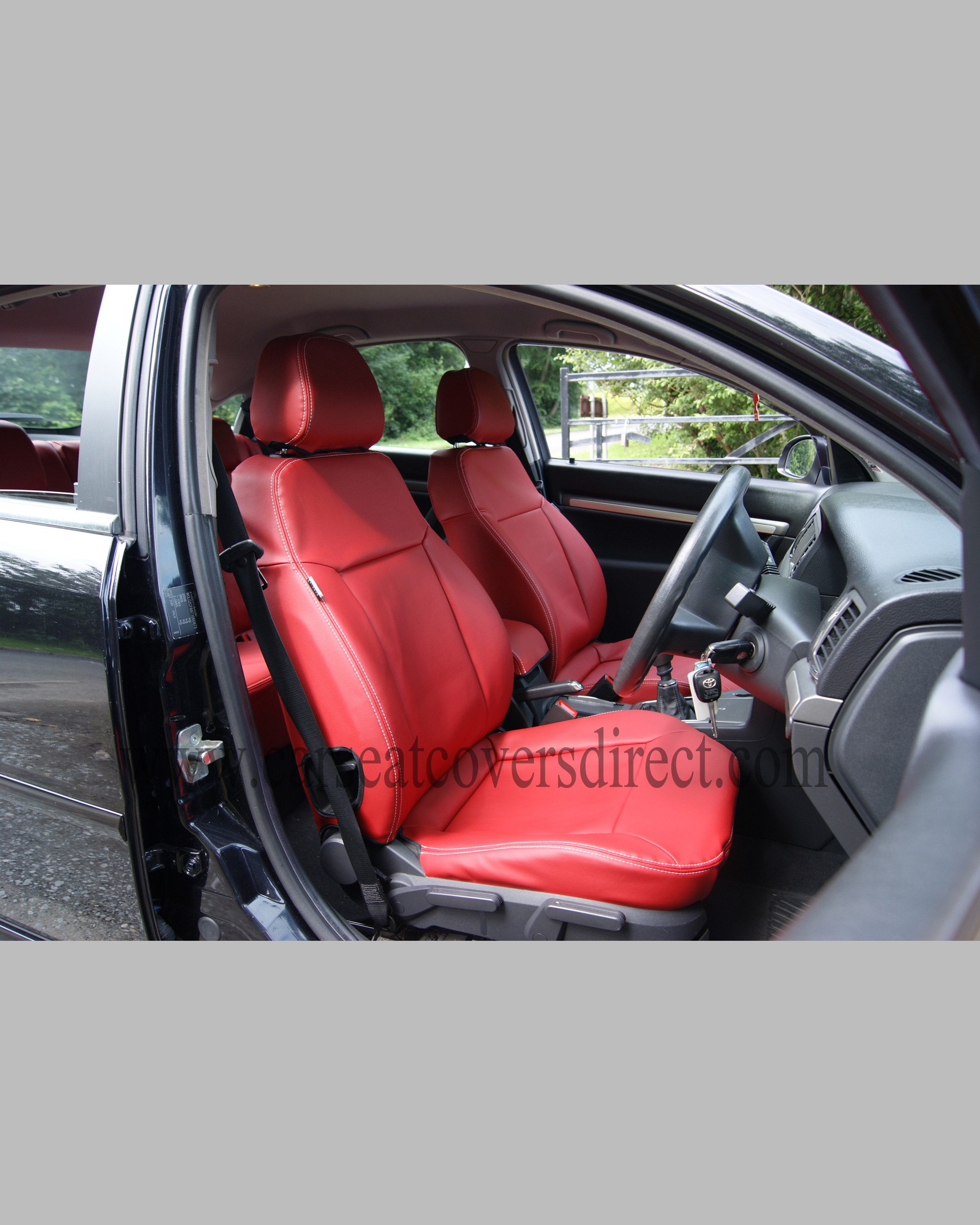 Custom OPEL VECTRA C Red Leatherette Seat Covers