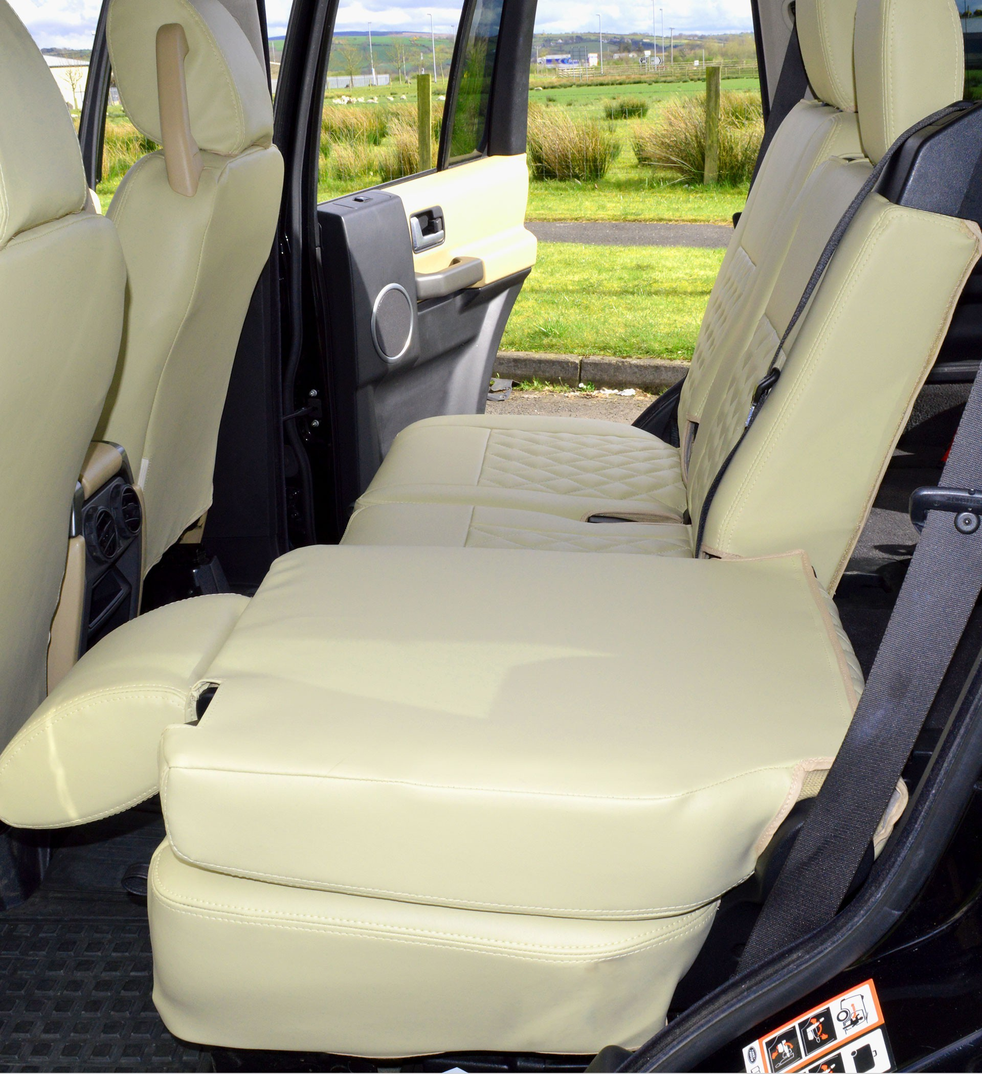 Land Rover Discovery 3 Tailored Beige Waterproof Seat