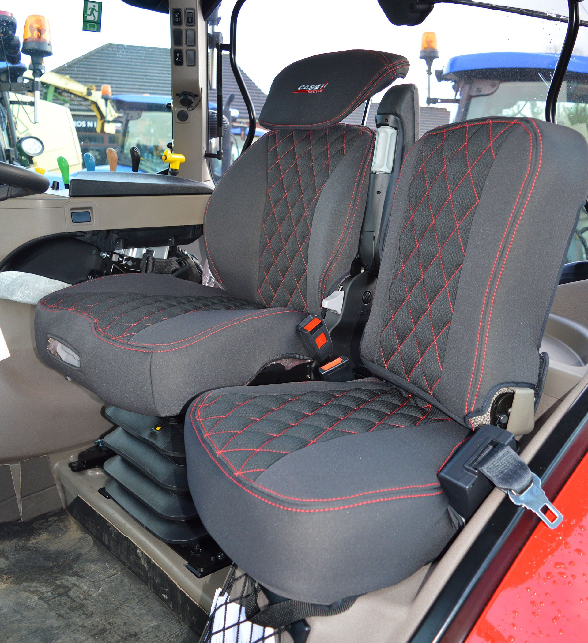 Grammer Seat Covers : Grammer maximo dynamic tailored seat cover new holland jcb