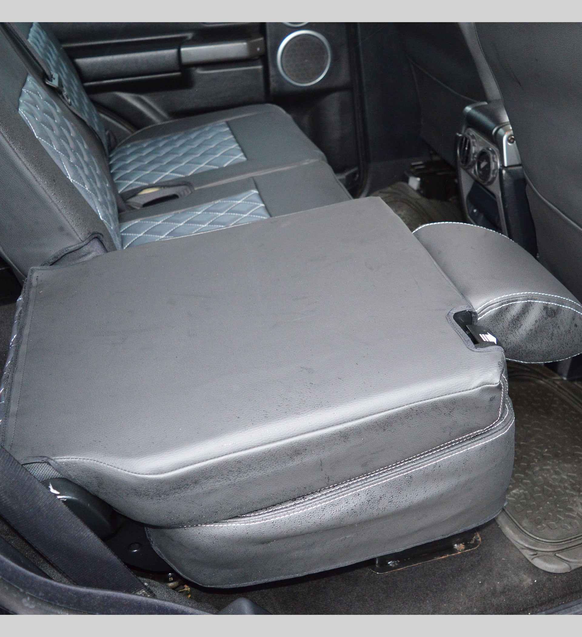 Genuine Land Rover Seat Covers Discovery 3 Velcromag