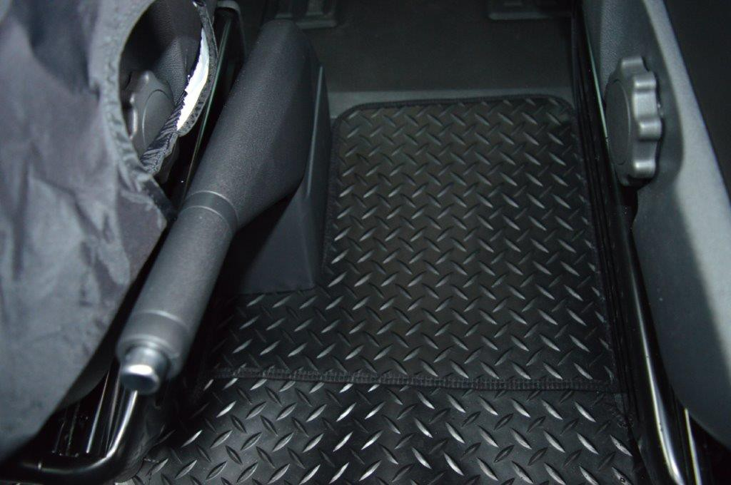 Vw T5 Rubber Floor Mat Front With Captain Seat Car Seat