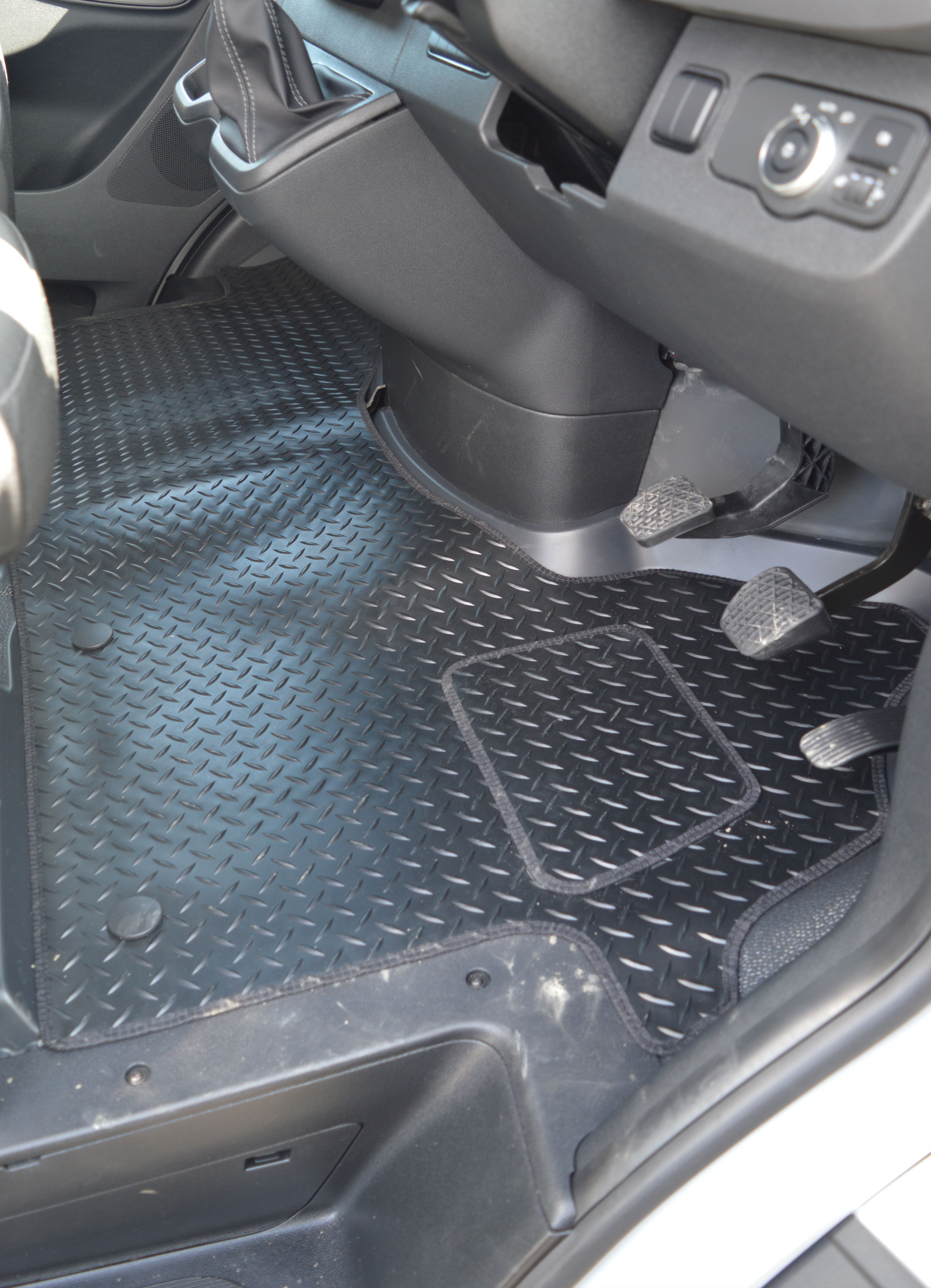 Miraculous Mercedes Sprinter Rubber Tailored Full Cover Floor Mats Caraccident5 Cool Chair Designs And Ideas Caraccident5Info