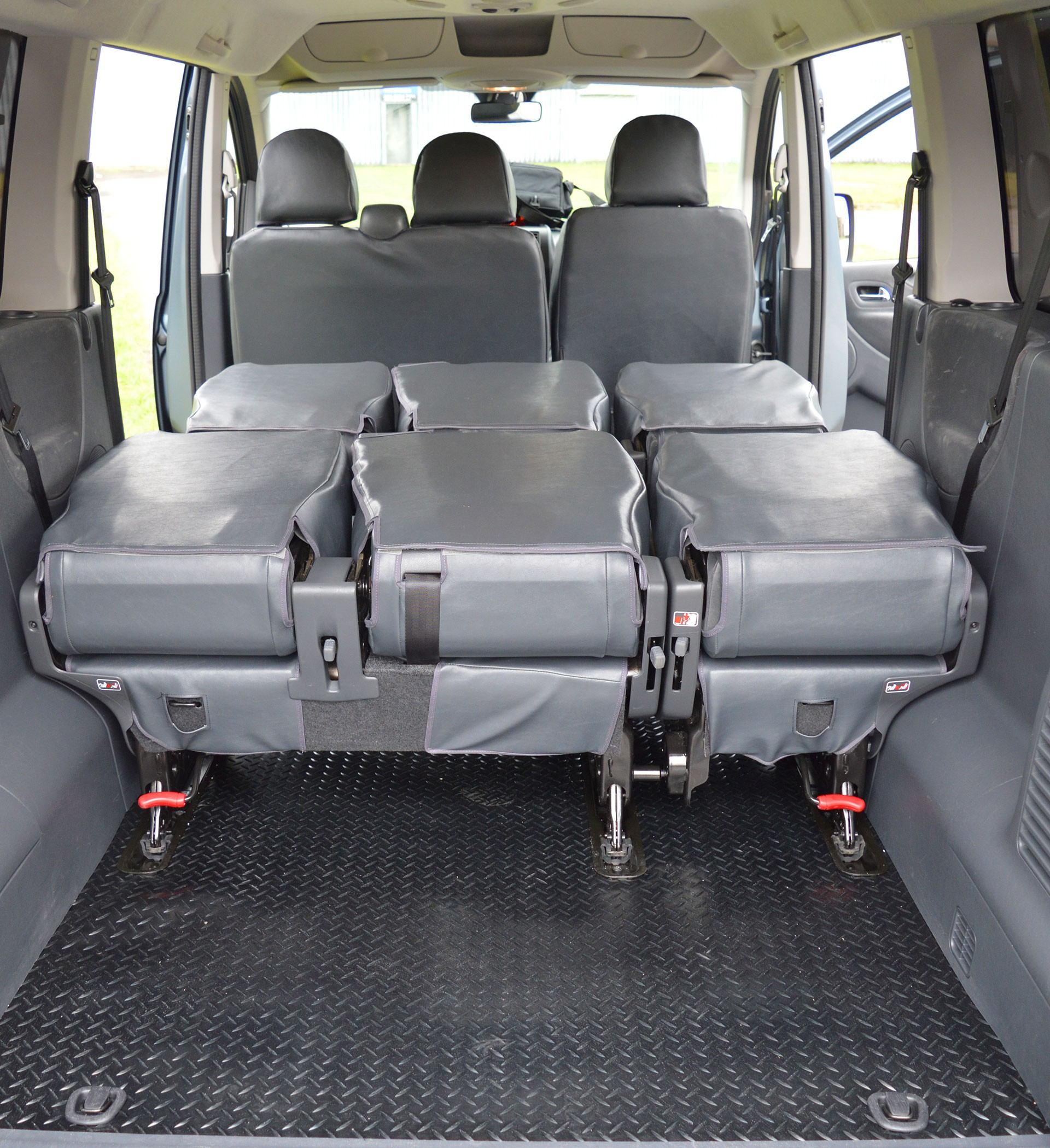 9 Seater Car >> Toyota Proace 9 Seat Waterproof Tailored Van Seat Covers