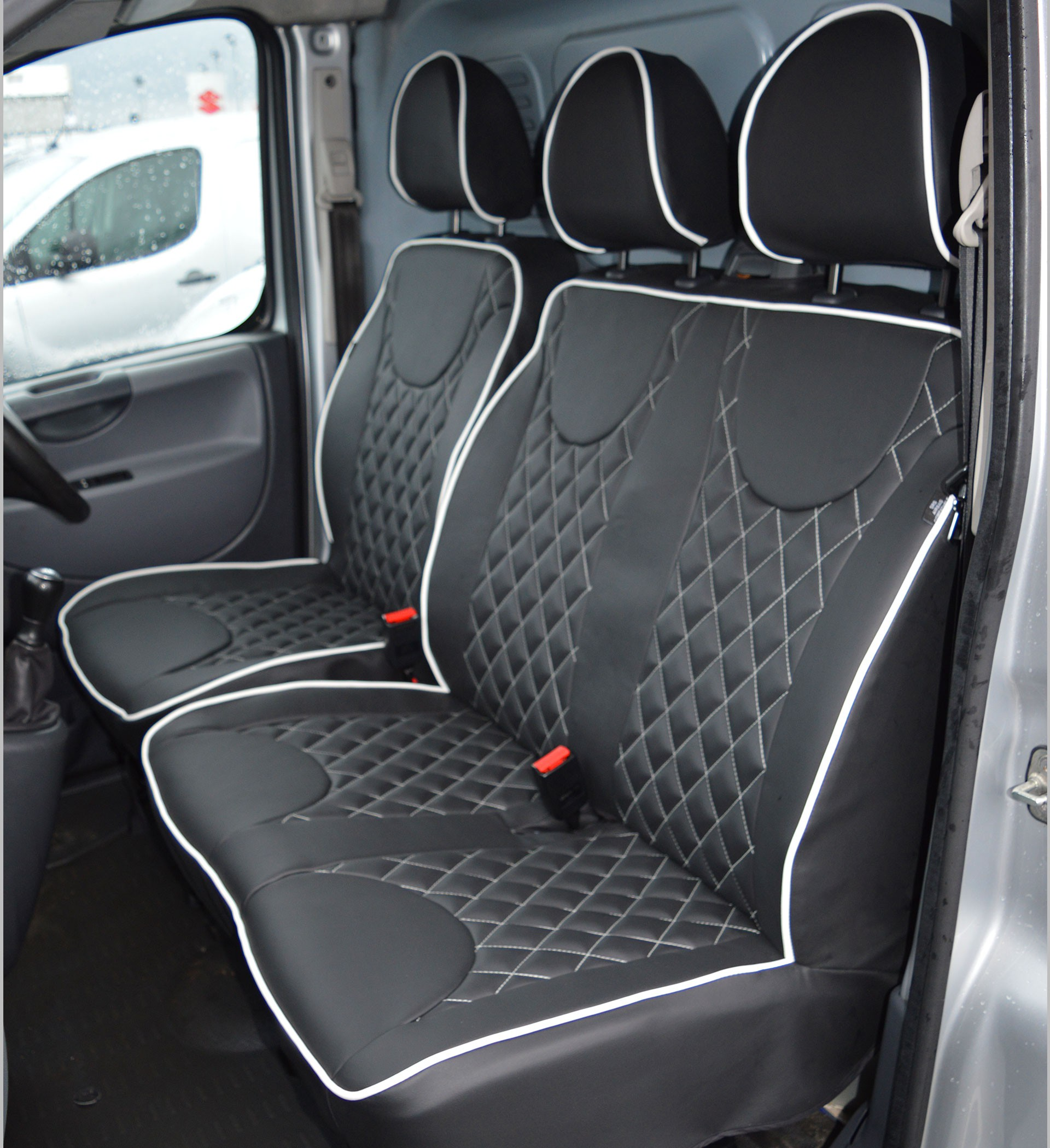 Peugeot Expert Diamond Quilted Leather Look Tailored Van