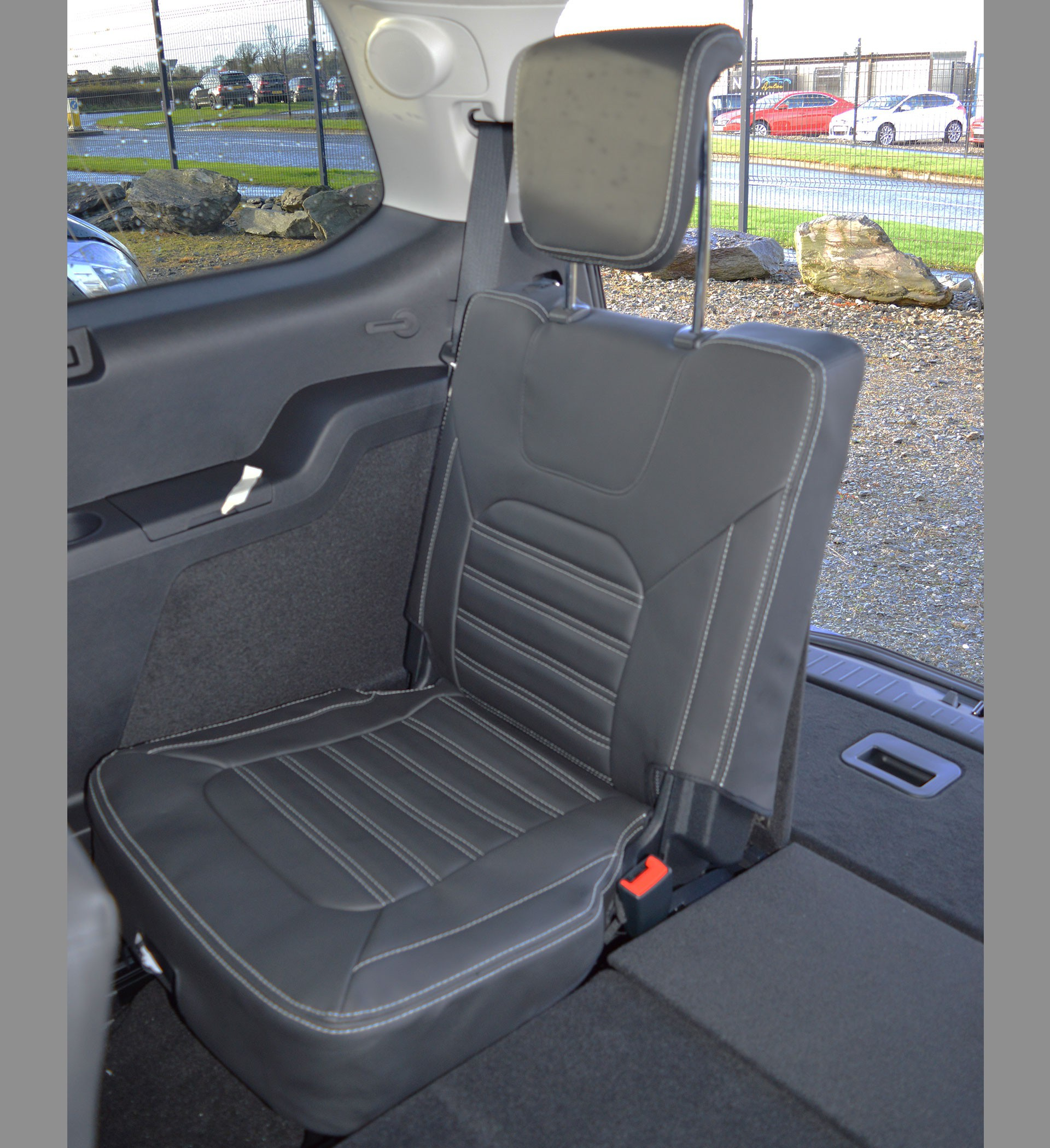 ford galaxy  seater mk  gen tailor quilted seat covers  present