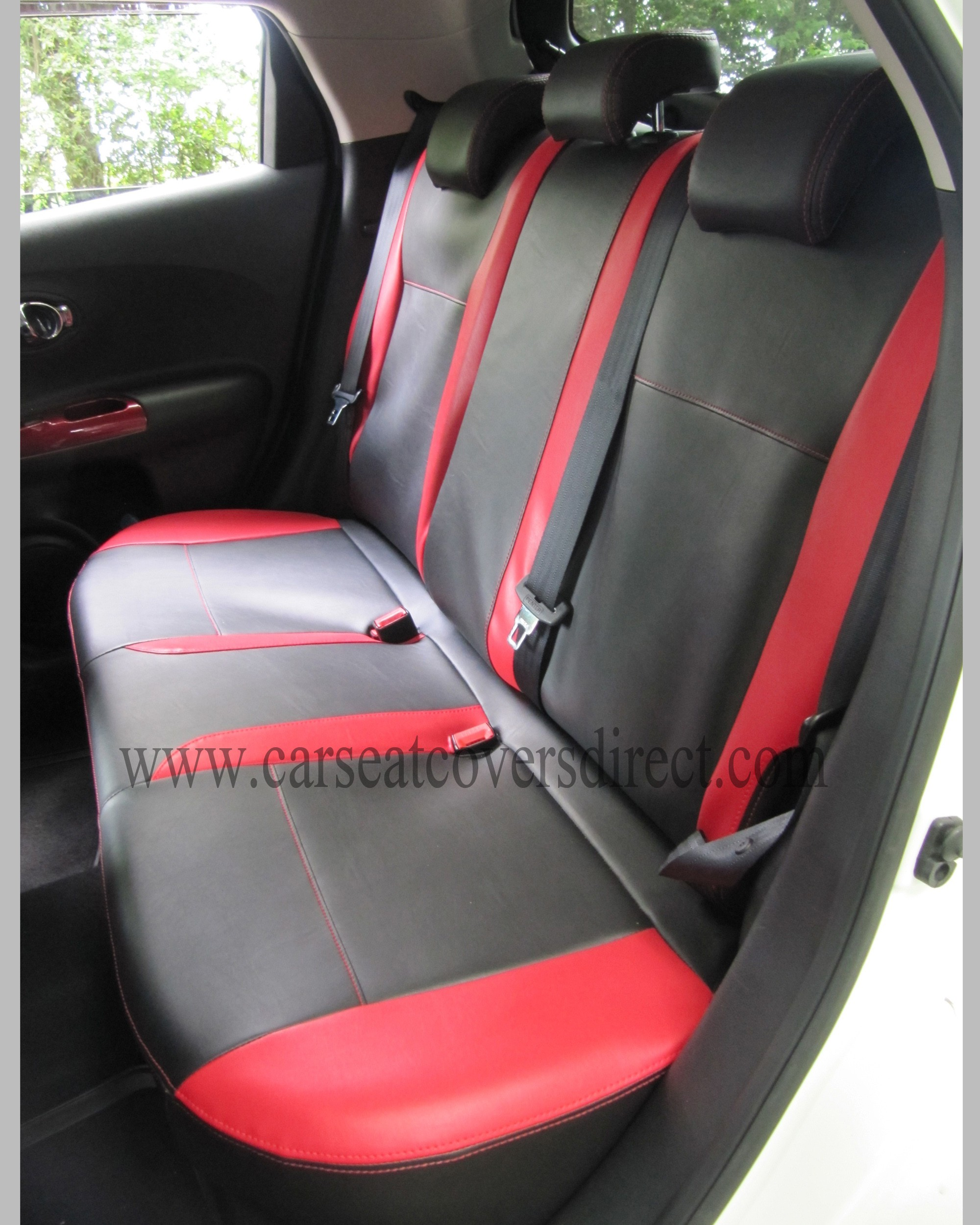 Nissan Juke Black Seat Covers