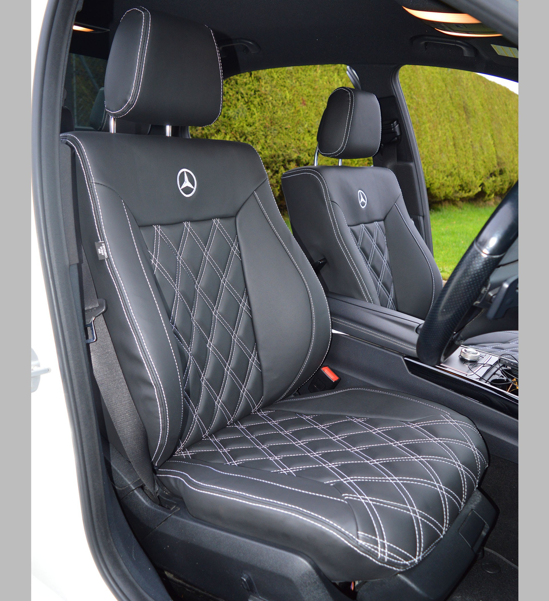 Seat covers for mercedes benz e class velcromag for Mercedes benz e350 car cover