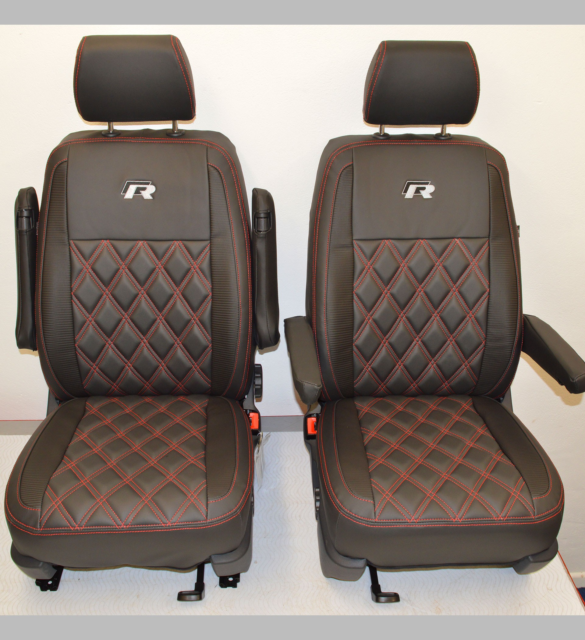 VOLKSWAGEN T5 2003-2015 1+1 STRONG FABRIC SEAT COVERS MADE TO MEASURE FOR VAN