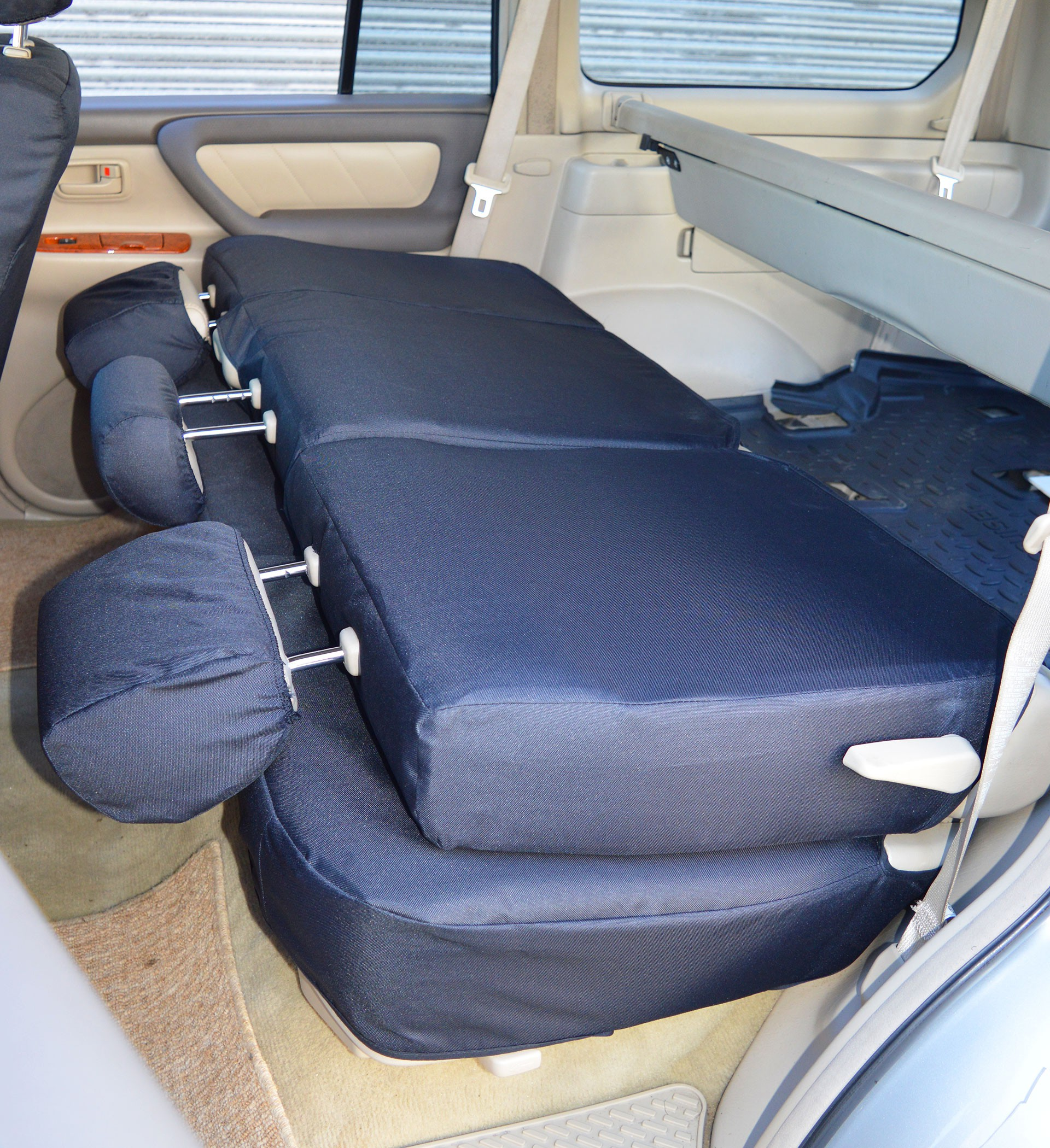 Incredible Toyota Land Cruiser Amazon J100 5 Seater Tailored Waterproof Heavy Duty Seat Covers 1998 2007 Machost Co Dining Chair Design Ideas Machostcouk
