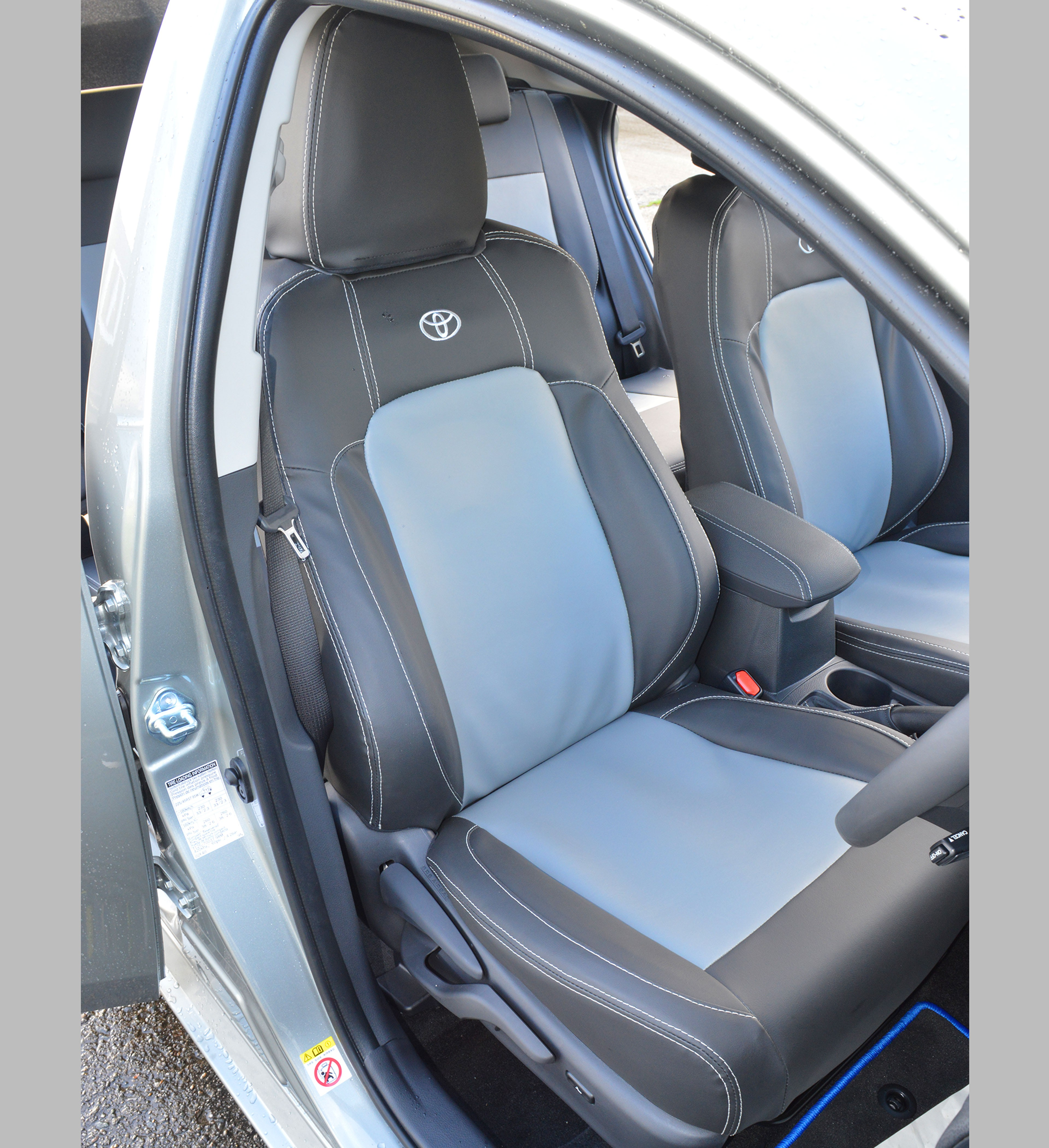 Toyota Auris Hybrid Tailored Seat Covers