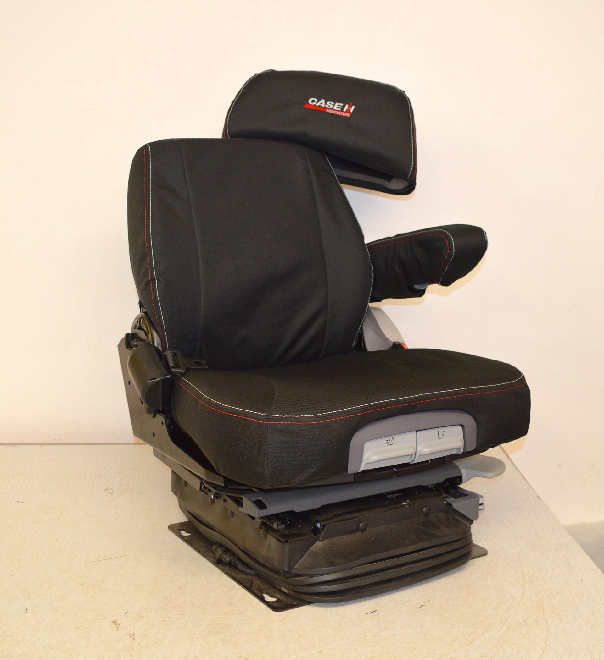 Case IH Grammer Maximo Dynamic Plus Tailored Seat Covers