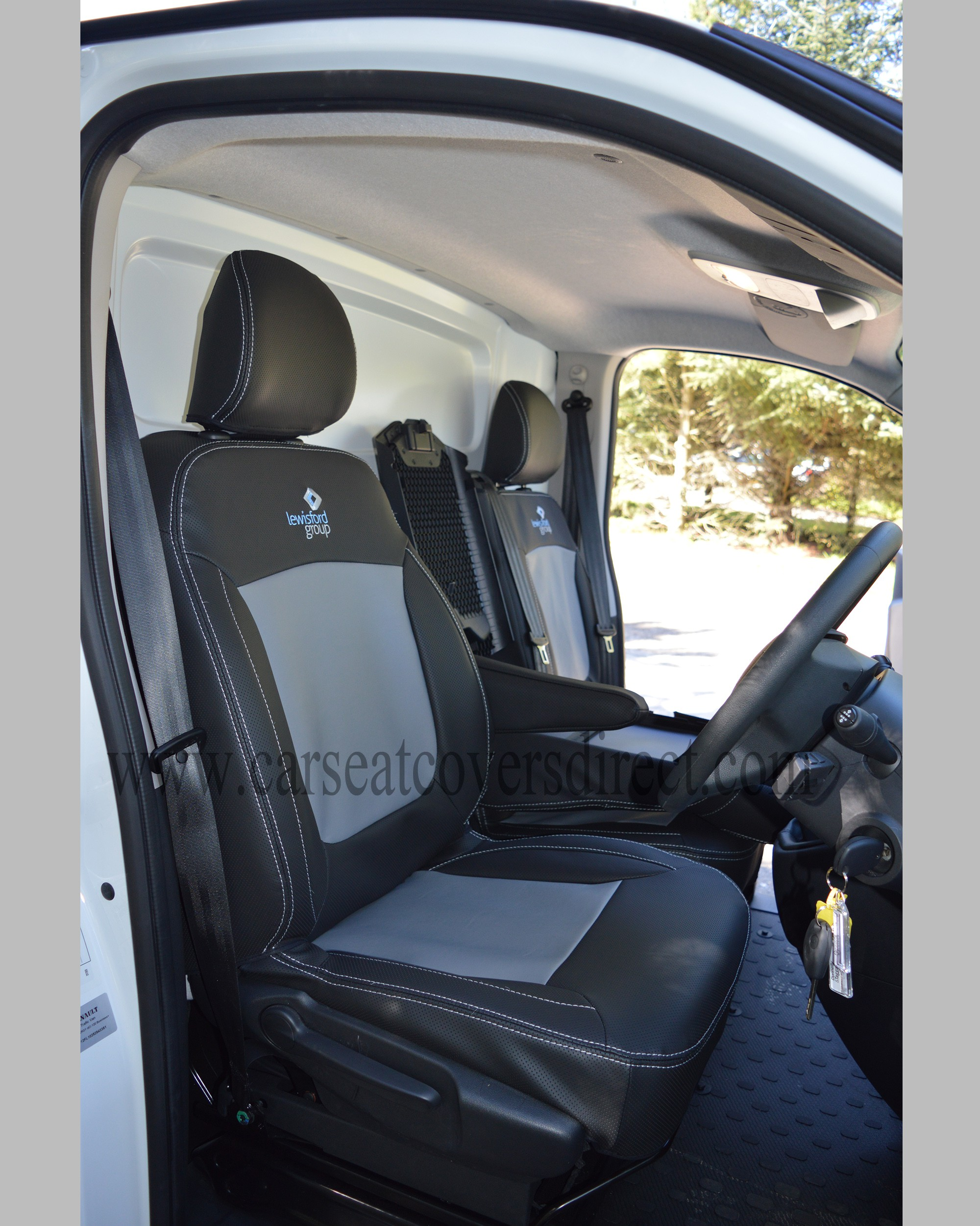 Opel Vivaro 3rd gen black& grey seat covers