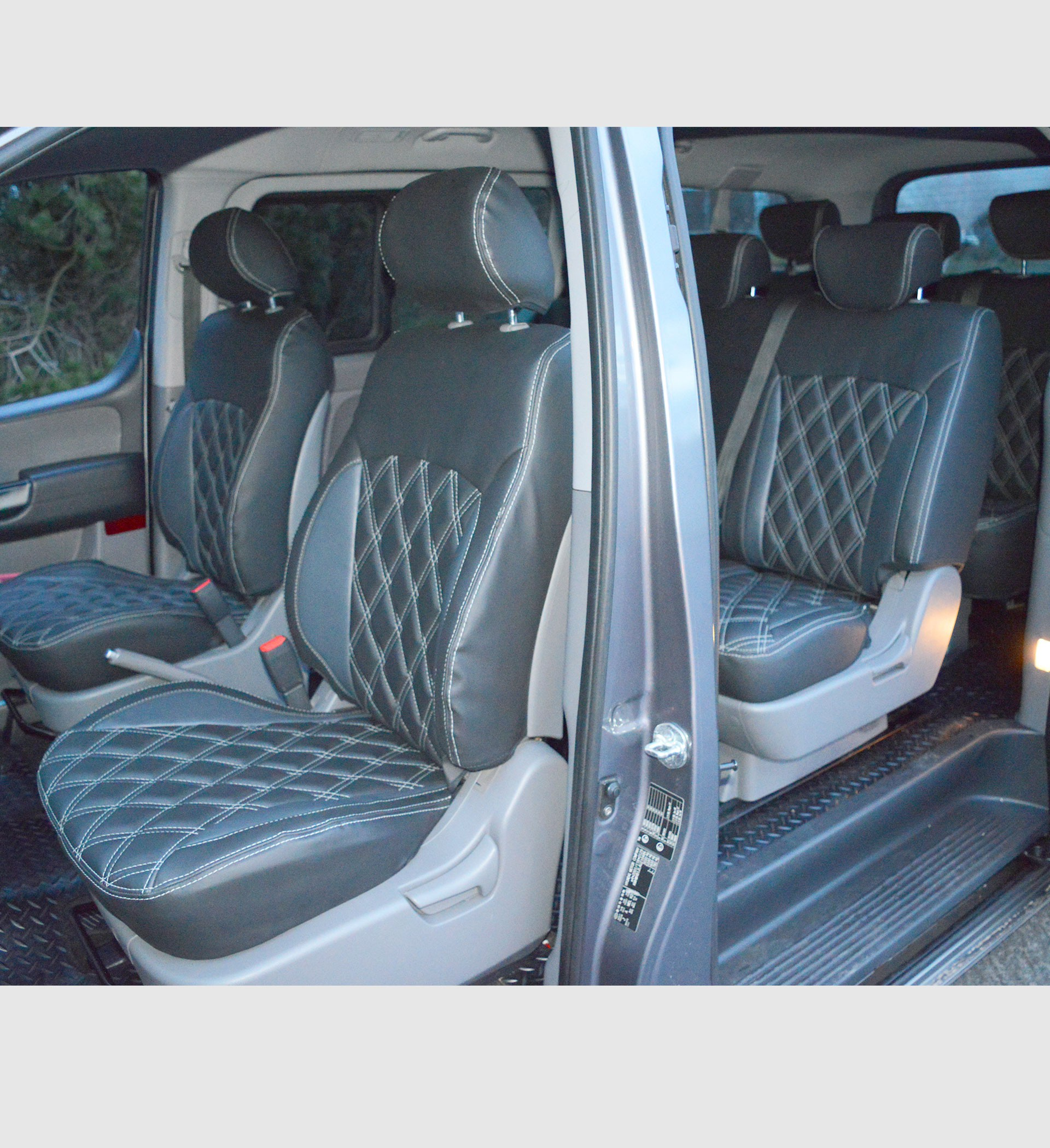 HYUNDAI I800 Waterproof Tailored Seat Covers