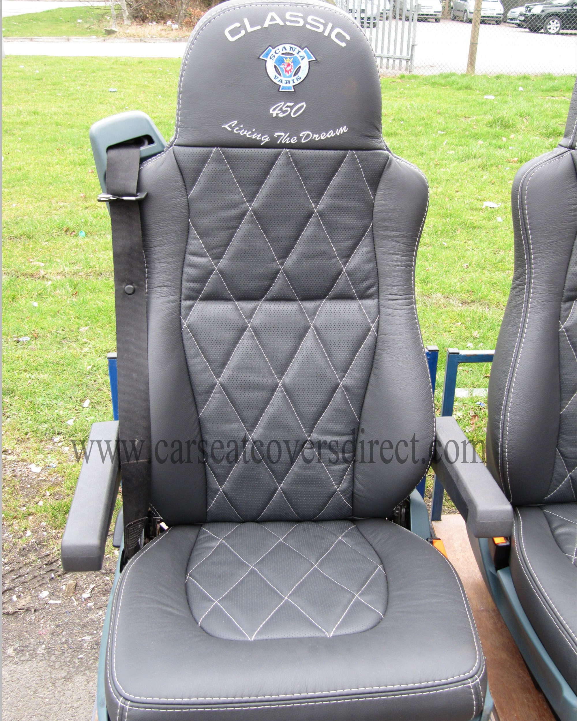 DAF XF-SUPER SPACE CAB LEATHER Kits For RETRIMS. Diamond Stitched.