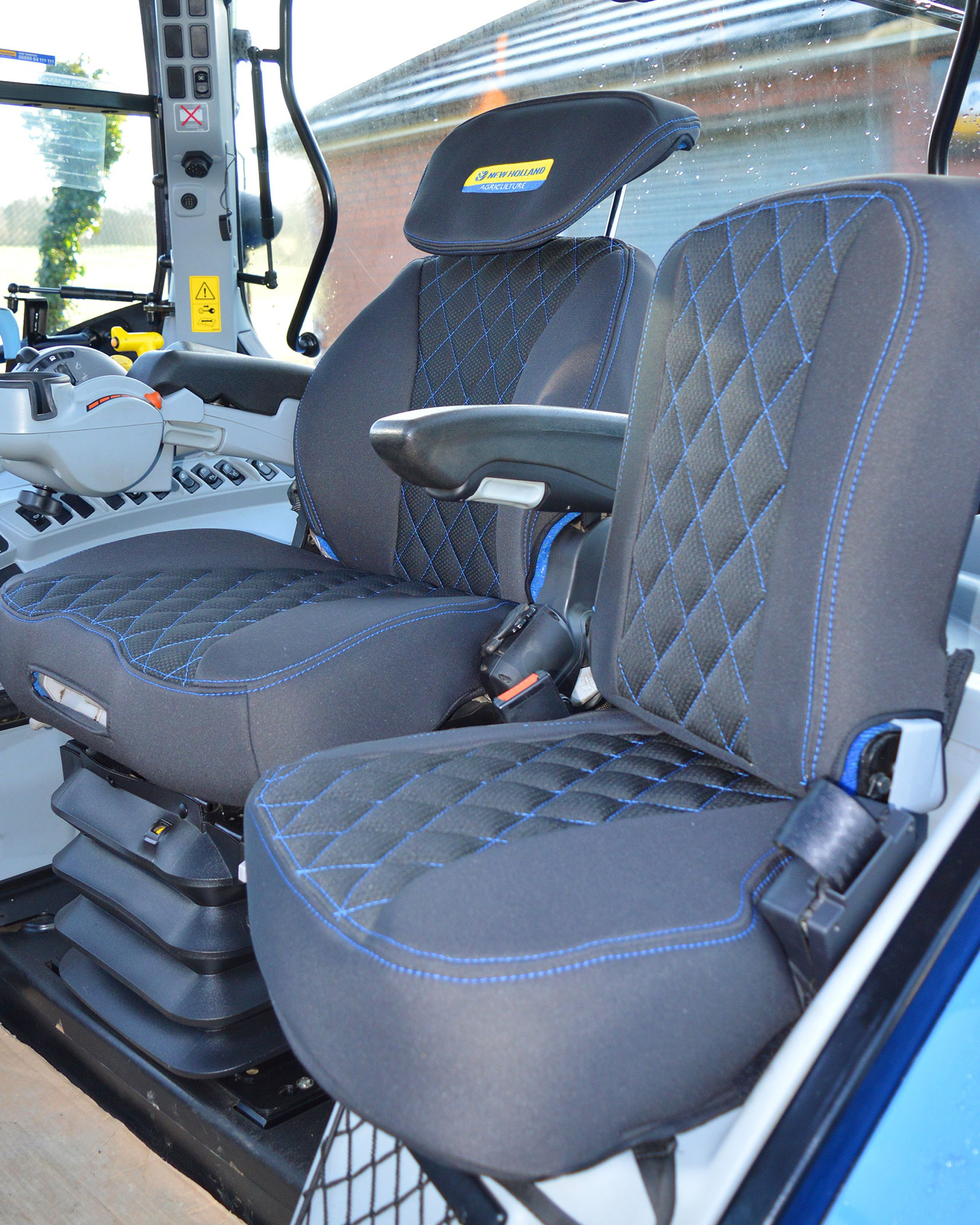 New Holland Grammer Maximo Dynamic Tailored Seat Cover