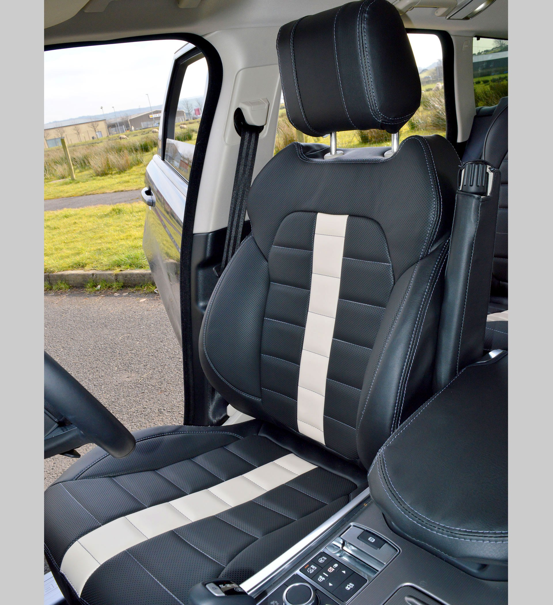 Range Rover Sport HSE 2nd Gen Tailored Car Seat Covers (2014 - Present)