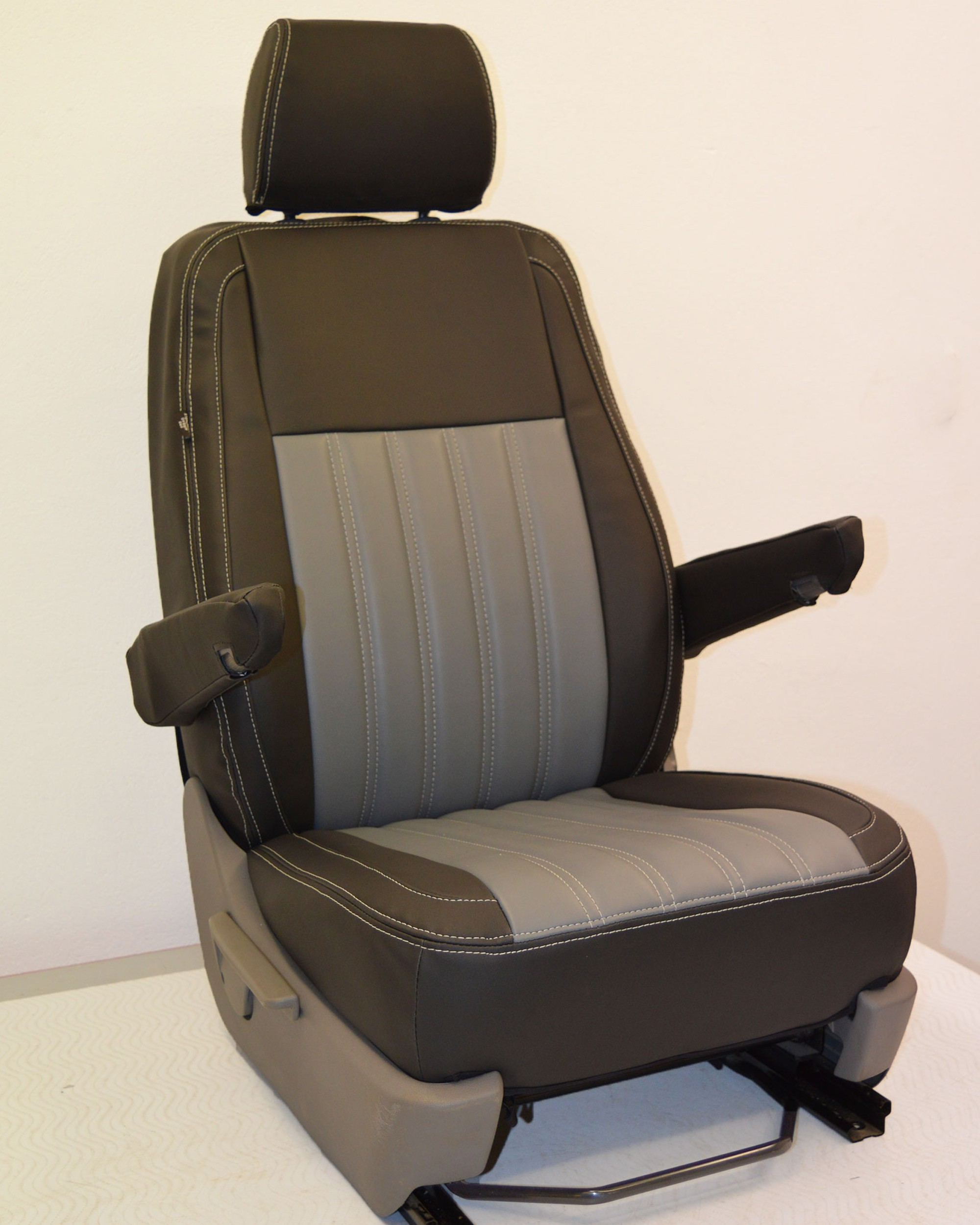 VW Transporter T6 Fluted Tailored Seat Covers