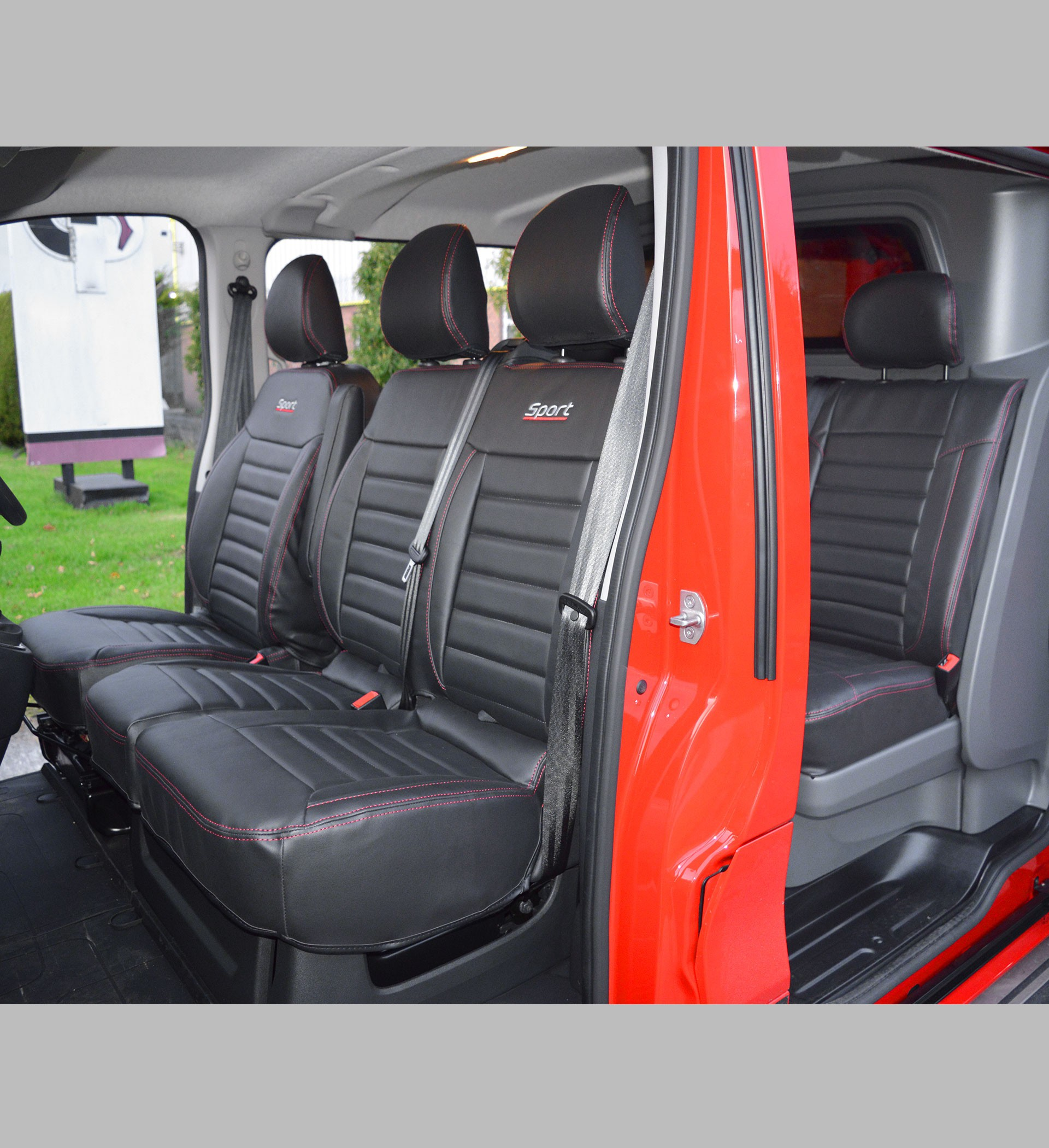 Renault Trafic Sport Crew Cab Tailored Seat Covers