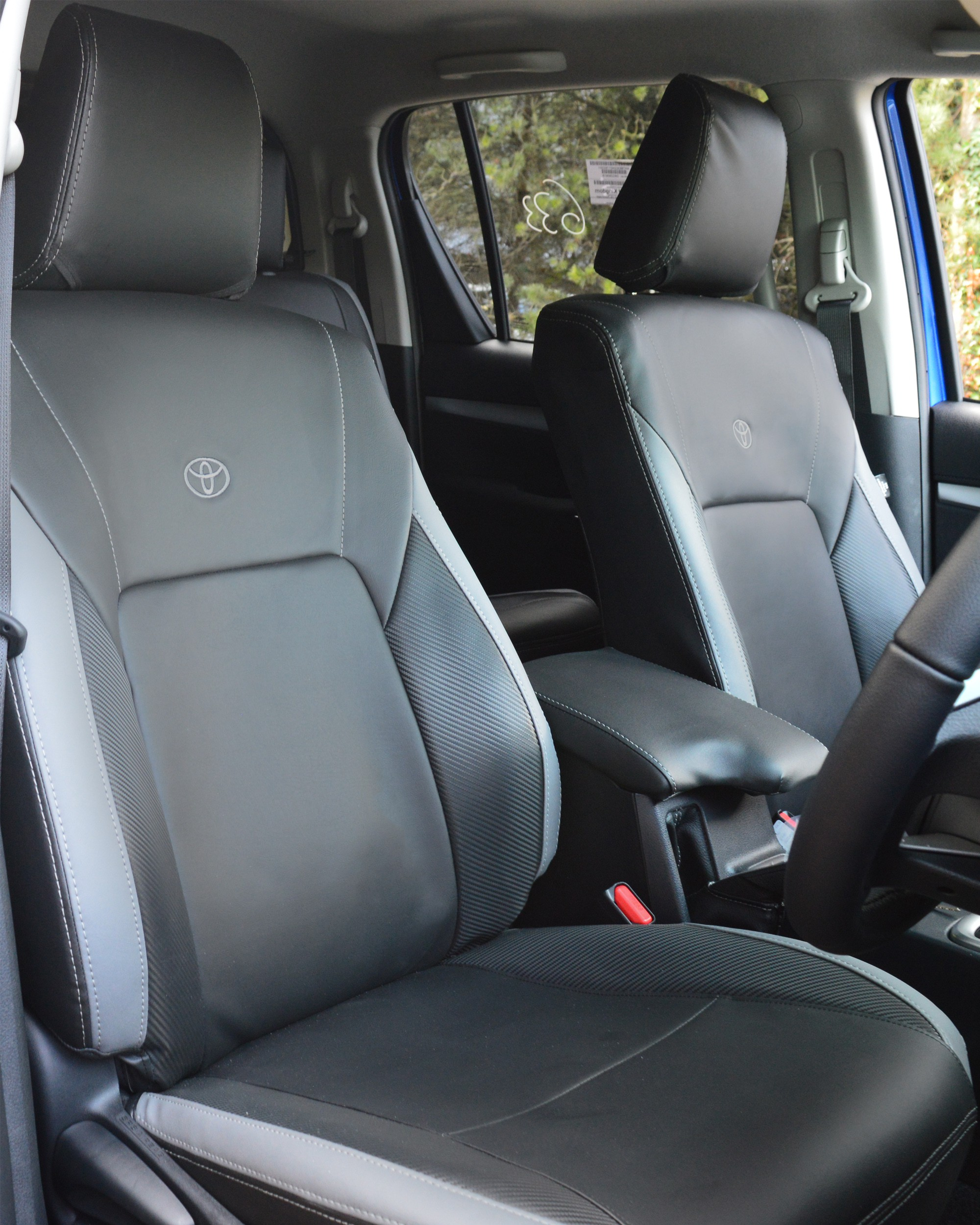 Toyota Hilux Black With Grey & Carbon Seat Covers